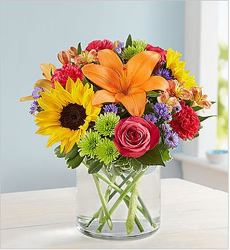 Floral Embrace From Rogue River Florist, Grant's Pass Flower Delivery